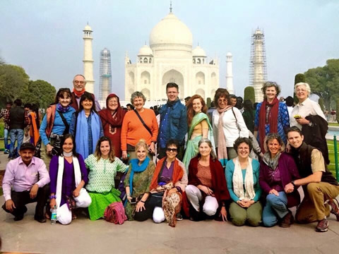 Grouop at Taj Mahal, Click for a larger image